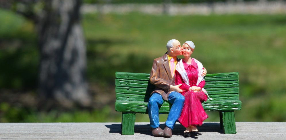 Bild till hemsida old-couple-2313286_1920
